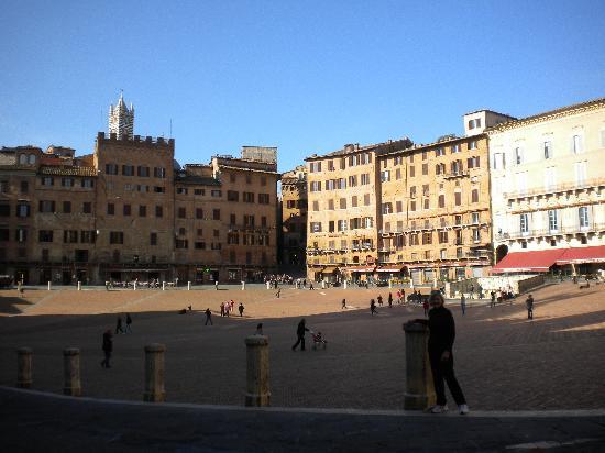 Sienna Piazza