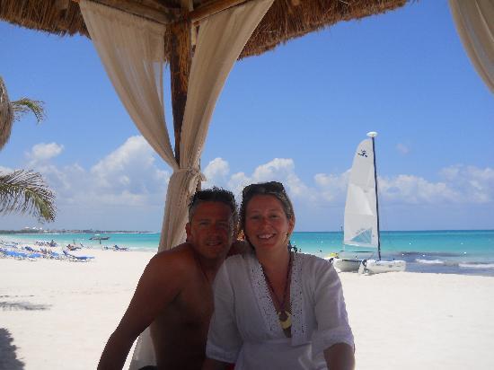 Secrets Maroma Beach Riviera Cancun: private beachside cabana