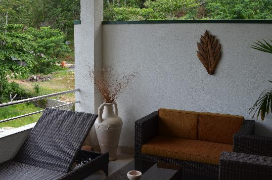 Hanneman Holiday Residence: die geschmackvoll eingereichtete Terrasse