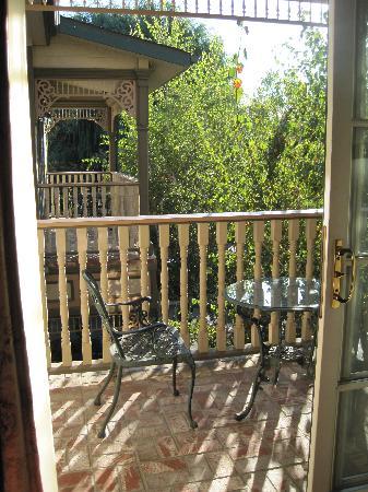 Santa Ynez Inn : balcony view