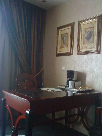 Theoxenia House Hotel: suite