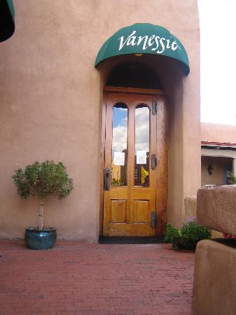 Vanessie of Santa FE : Water Street Entrance
