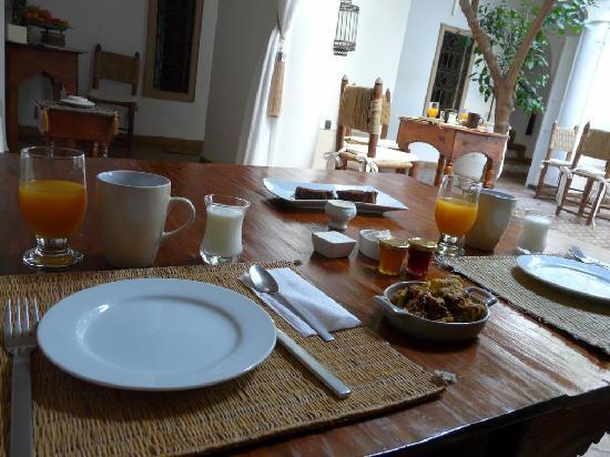 Riad les Orangers d'Alilia Marrakech: Petit dejeuner