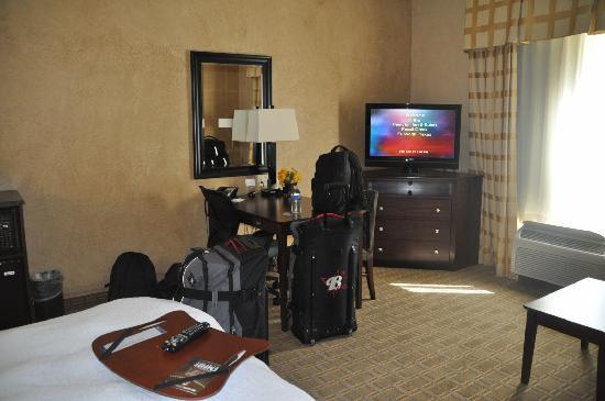 Hampton Inn & Suites Fort Worth Fossil Creek : Fernsehecke
