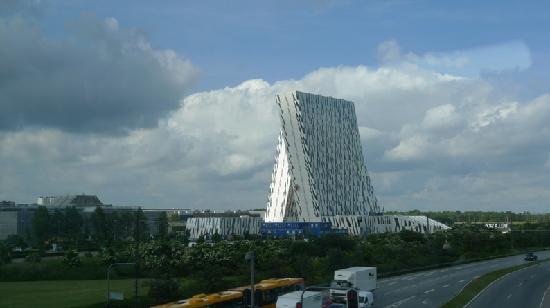 إيه سي هوتل باي ماريوت بيلا سكاي كوبينهاجن: Bella Sky Cromwell - unique architecture with twin towers