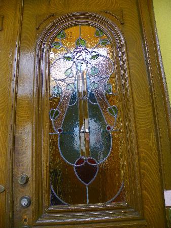 Chez Marie-Claire: La porte d'entree