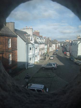 Abbey Arms Hotel: Through the round window