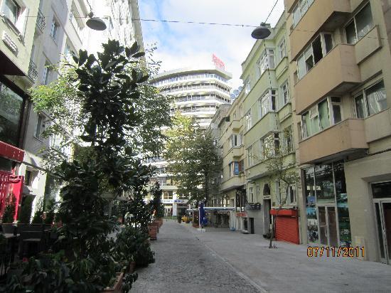 Lion Hotel: The Hotel street
