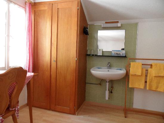 Gasthof Schoenegg: room 2