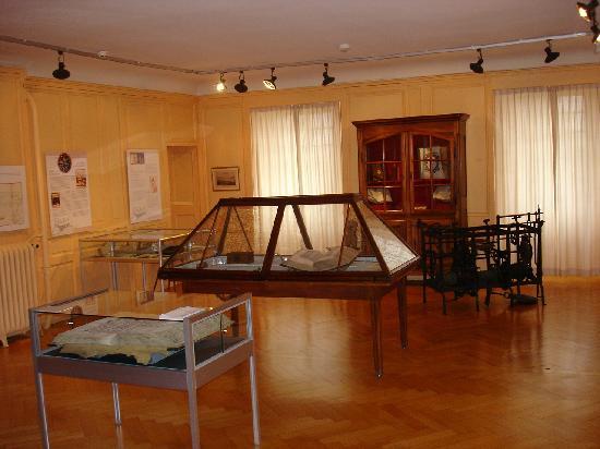 Musée Historique de Vevey: Einer der Ausstellungsräume