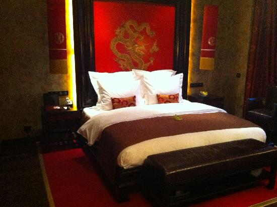 Buddha-Bar Hotel Prague : Bed