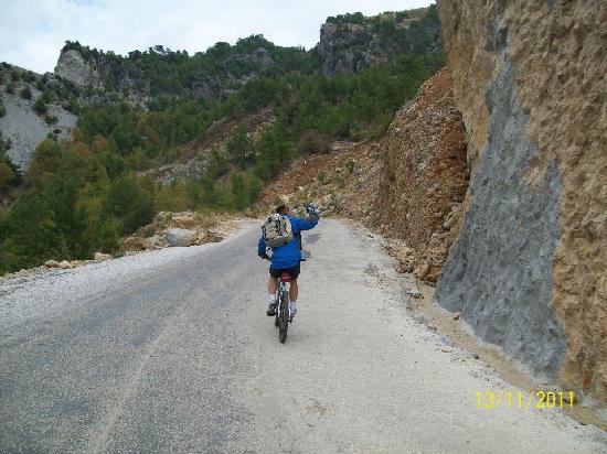 Active Nature Tours: Staudammtour: Anstieg