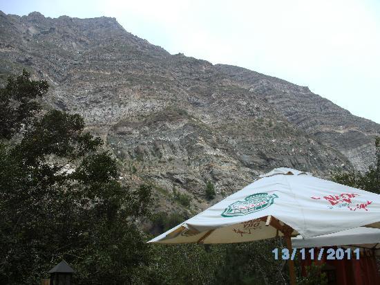 Cascada de las Animas: Vista desde el restaurante.