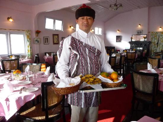 Windamere Hotel: Traditional garb; Sunny breakfast to start the day