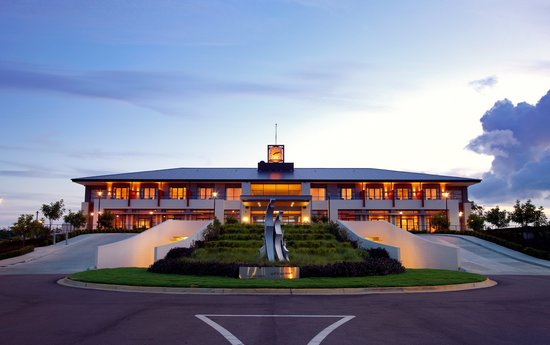 Mercure Kooindah Waters Central Coast: Resort Exterior