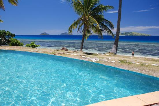 Mana Island Resort: Infinity Pool