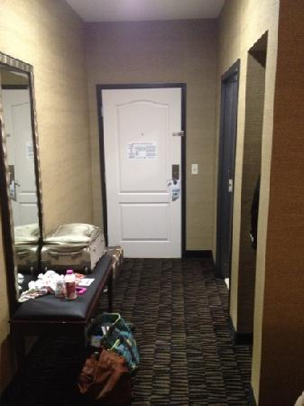 Holiday Inn Express & Suites Arkadelphia - Caddo Valley: entryway