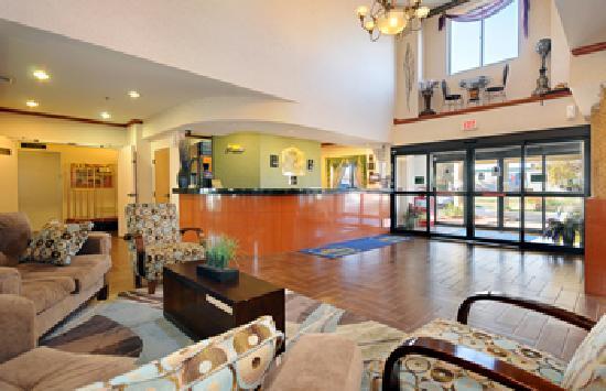 Best Western Inn & Suites Of Merrillville : Lobby