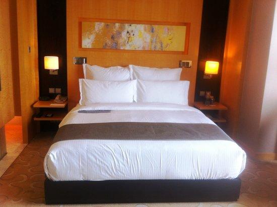 Le Royal Meridien Shanghai: My Bed