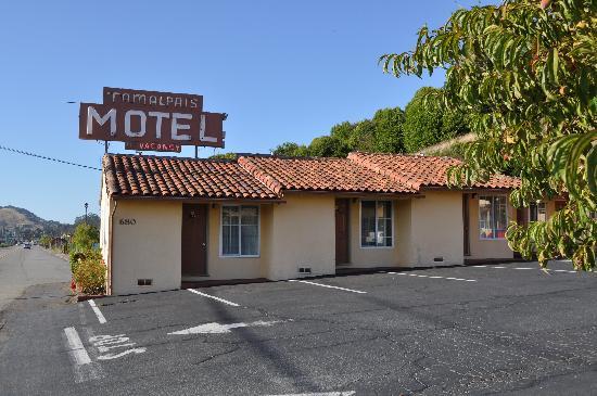 Tamalpais Motel: Motel Exterior