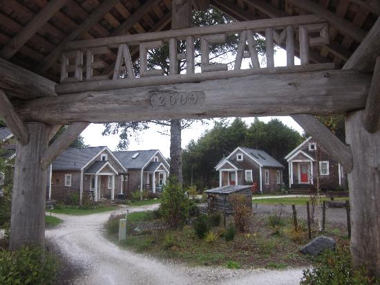 "Seabrook Cottage Rentals: Beach Camp and ""Life is Good"" (second from right)."