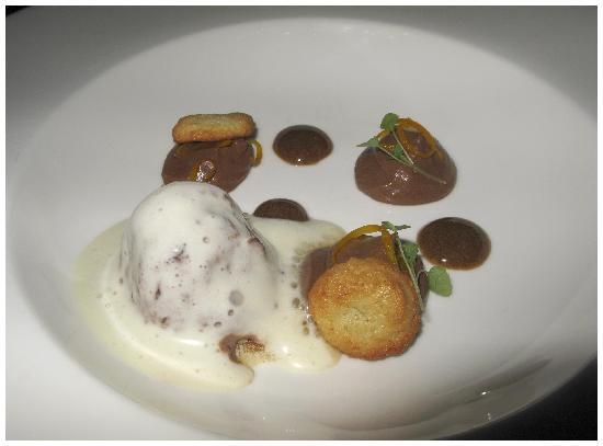 Restaurant Het Heimwee : Nagerecht van peer, honing en vanille-ijs zonder suiker