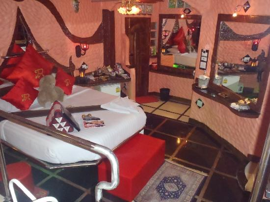 Penthouse Hotel: Room 202 Premier Pool