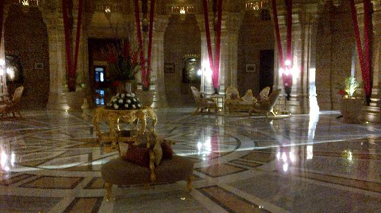 Umaid Bhawan Palace Jodhpur : lobby area