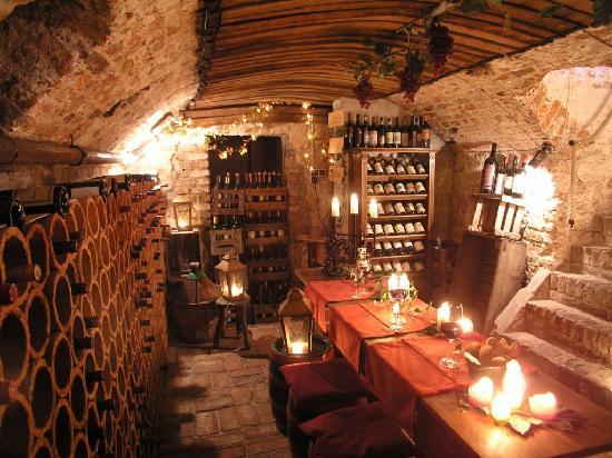 Falderhof: Der Weinkeller