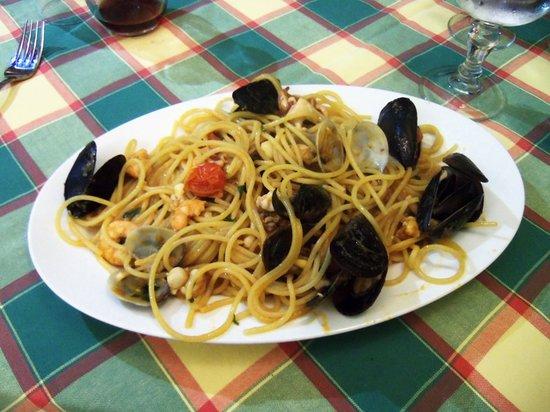 Da Vito e Dina: Seafood Pasta