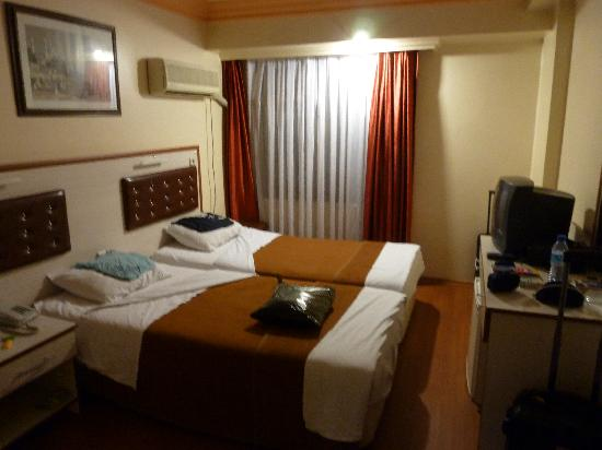 Tayhan Hotel: Zimmer 306