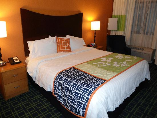 Quality Inn Miami Airport: Room