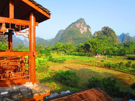 Yangshuo Phoenix Pagoda Fonglou Retreat: View from the front deck of the hotel