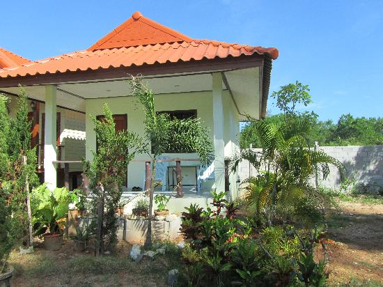 Khao Lak Summer House Resort: Bungalow