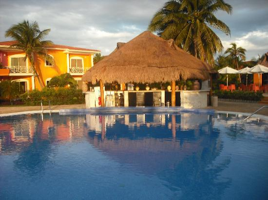 Ocean Maya Royale: one of the two pools