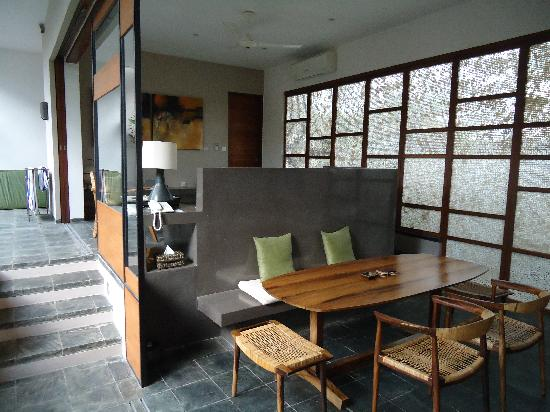 Tegal Sari: kitchen and living room