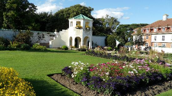 Warner Leisure Hotels Bembridge Coast Hotel: Spanish Garden