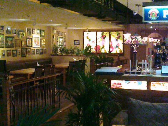 Lenbach Beer House : An interior view