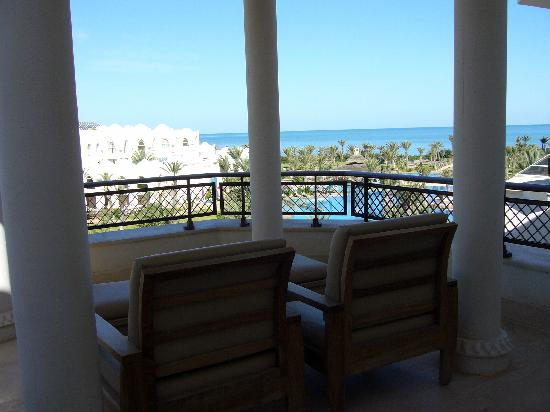 Hasdrubal Prestige Thalassa & Spa: La belle terrasse avec jolie vue