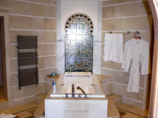 Hasdrubal Prestige Thalassa & Spa: La salle de bains, parfaite
