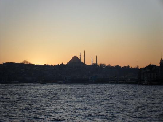 Bosphorus Strait: Arrivo in città