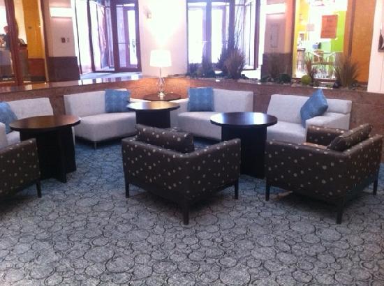 Hyatt Regency Albuquerque: We have a Starbucks in the Lobby!