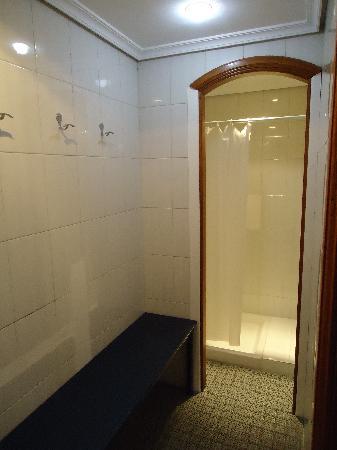 Itakadiving dive resort PADI: Vestuario y ducha