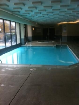 Drury Inn & Suites Charlotte University Place: Nice pool