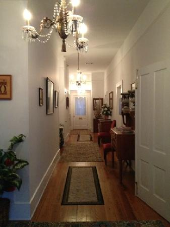 Devereaux Shields House: Entry Hall of the Cottage