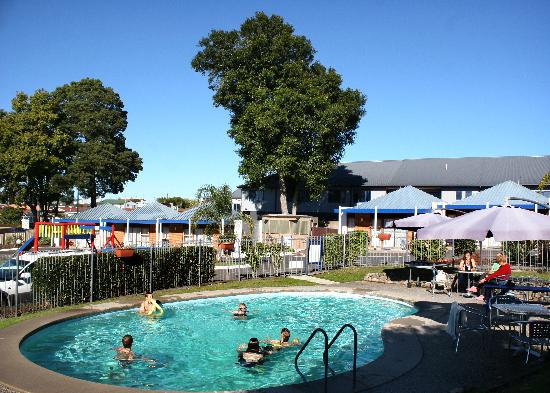 Cameron Thermal Motel: Thermal Pool 33oC