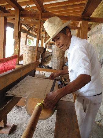 La Grana Tejidos: Weaving the rugs on a traditional loom.