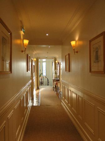 La Villa Eugene: Couloir des chambres
