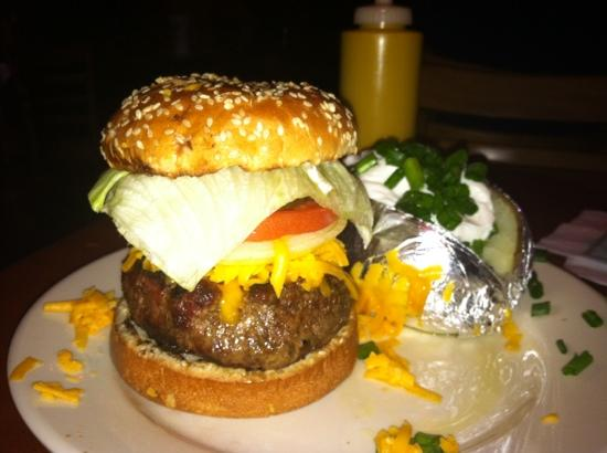 Degas House: what a great burger!