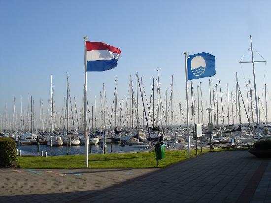 Yachthafen Herkingen
